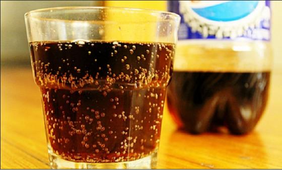 Tahukah Anda Minum Soda Merusak Ginjal ?